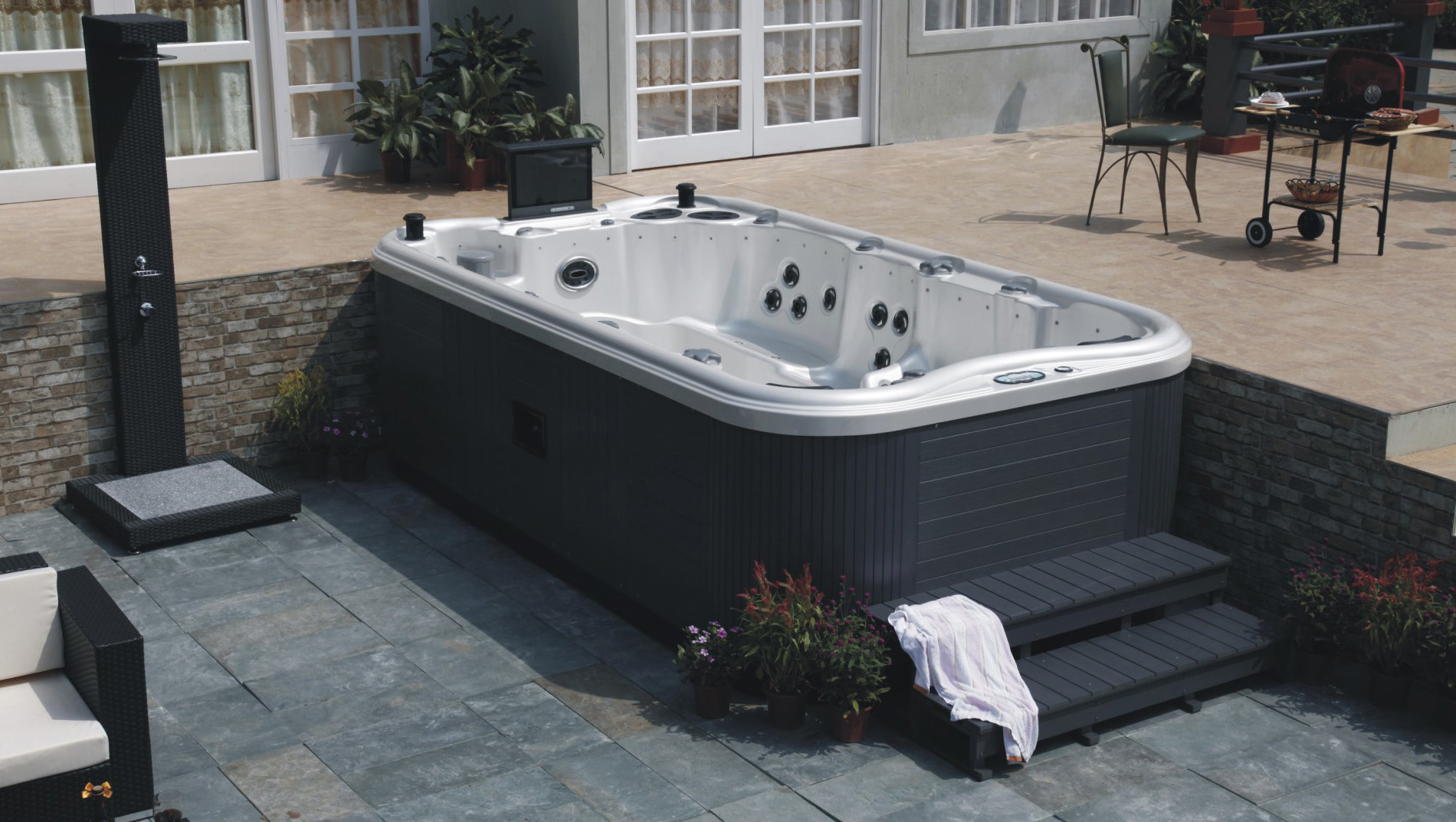 McCoy Whirlpool & Spa Repair | McCoy Contracting